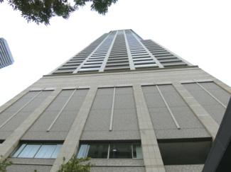 地上54階建の23階部分眺望良好の物件です♪