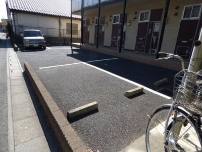 【駐車場】レオパレスボヌール