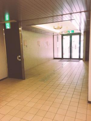 【エントランス】フェニ―チェ堺の隣!19.51坪! 事務所