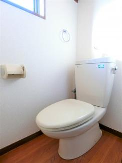 珍しいトイレに窓☆