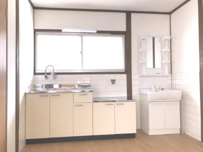 【キッチン】ハイツ安達