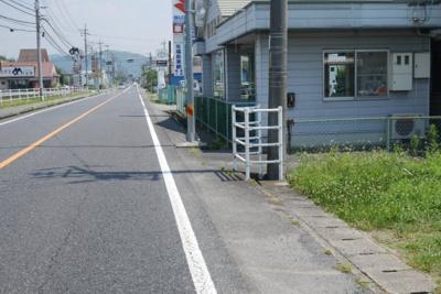 【前面道路含む現地写真】勝田郡勝央町黒土 売土地68坪