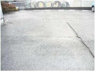 【駐車場】ハイツロードサイド