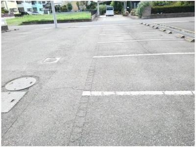 【駐車場】ロードサイドA