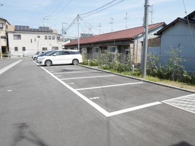 【駐車場】アムールB棟