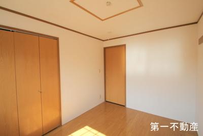 【寝室】ジュアン壱番館