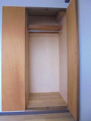 洋室4.5帖 クローゼット