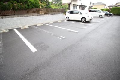 【駐車場】プリムローズ福島