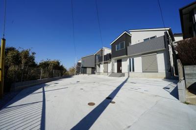 【前面道路含む現地写真】保土ヶ谷区狩場町全3棟 新築戸建て