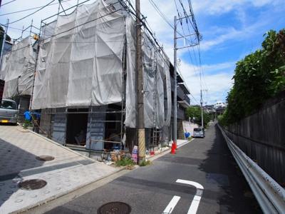 【前面道路含む現地写真】保土ヶ谷区上菅田町全5棟 新築戸建て