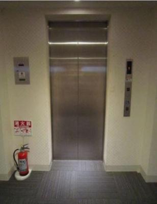 ガーラステーション新宿御苑前エレベーター