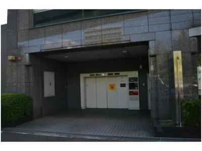 【駐車場】堺東から10分!52..31坪 店舗事務所! 堺インター目の前!角地ビル!