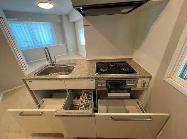 キッチン収納が豊富