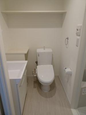 シャトーノール やっぱり嬉しいバストイレ別!快適な温水洗浄機付きです!