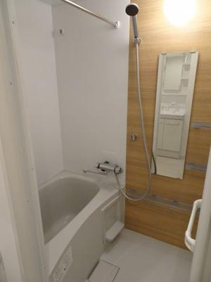 シャトーノール やっぱり嬉しいバストイレ別!ホテル調の綺麗なお風呂です!浴室乾燥機付きです!