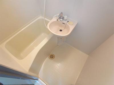 【浴室】アコルデパルク下山手