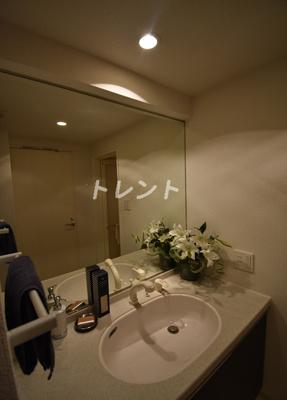 【洗面所】ラクラス麻布十番