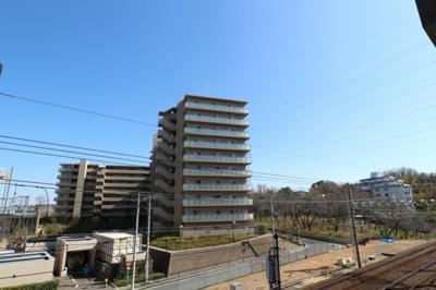 【現地写真】  鉄筋コンクリート造♪総戸数118戸の大型分譲マンション♪