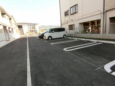 【駐車場】エヌメゾンⅠ