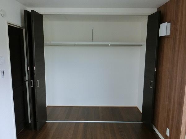 【現地写真】 自由度が高いので家具やレイアウトでお好みの空間を創り上げられます♪
