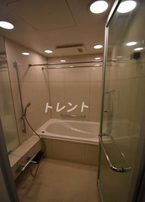 【浴室】ブランズ麻布狸穴町