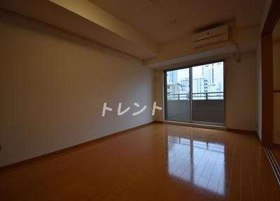 【居間・リビング】ファミール芝公園グランスイートラヴィル