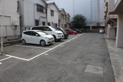 【駐車場】奥野マンション