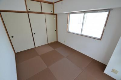 【内装】白い小さなマンション