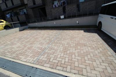 【駐車場】バーンホーフ・サカ