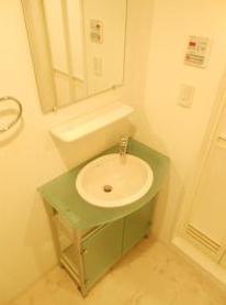 ガーラ・シティ王子の使いやすい独立洗面台です