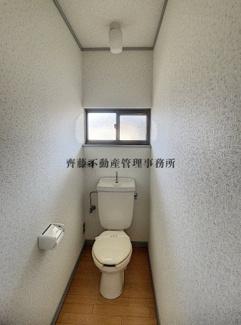 水洗トイレです。
