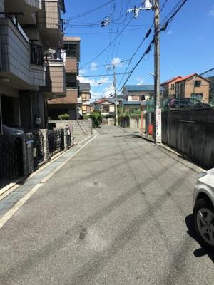 【前面道路含む現地写真】東大阪市日下町6丁目中古物件