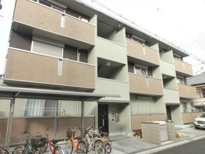 D-room西田辺 軽量鉄骨造 3階建
