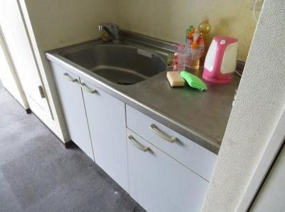 トウセン池袋ビルのキッチン