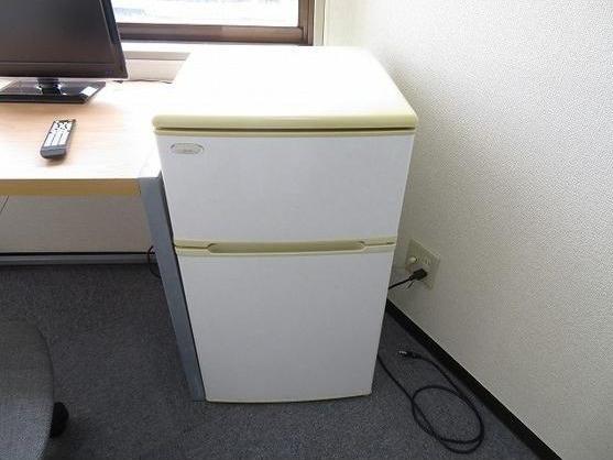 トウセン池袋ビルのミニ冷蔵庫付き