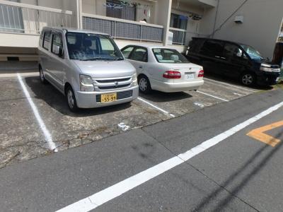 【駐車場】グローリィハイツ八戸ノ里
