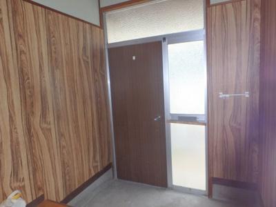 【玄関】中島 借家