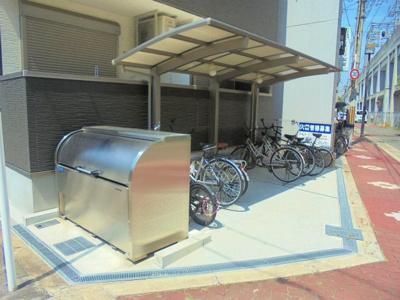 駐輪場・ゴミ置場