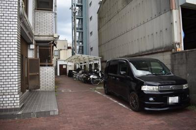 【駐車場】センチュリーパレス高井田