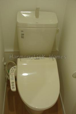 フェリスアンジュの落ち着いた色調のトイレです(同一仕様写真)☆