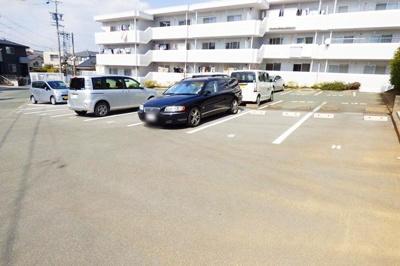 【駐車場】マンションたむかい