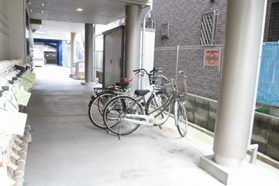 駐輪スペース ラヴィエ