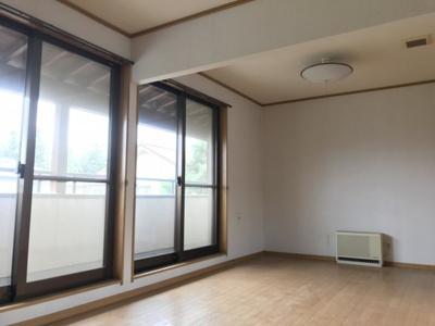 【洋室】藤岡市下栗須の中古戸建