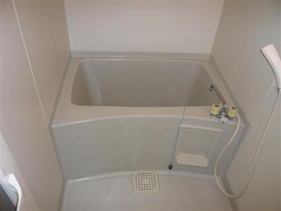 【浴室】モノクローム古城