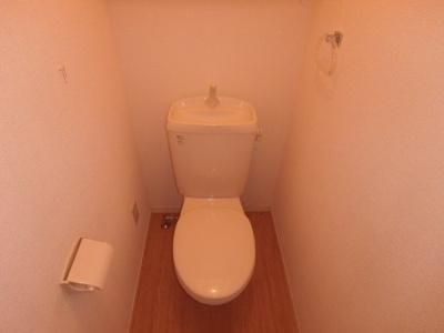 大島 ビバリースクエアB 1LDK トイレ