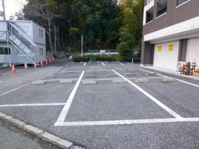 敷地内駐車場あり