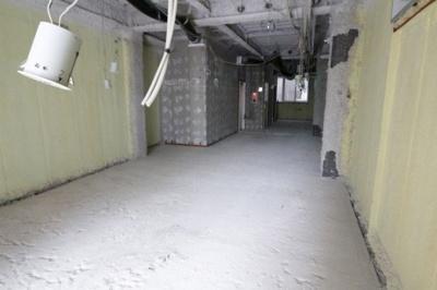モンブランビル 3階 スケルトンでのお渡しです。