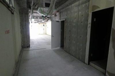 モンブランビル 3階