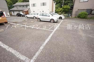 【駐車場】クレスト藤ヶ丘ⅡA棟