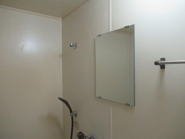鏡があります